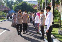 Kapolda NTB Irjen Pol Muhammad Iqbal Disambut Jajaran Kehormatan Di Mapolda NTB