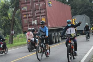 Kapolres Serdang Bedagai Memantau Situasi Kamtibmas Dengan Gowes Sepeda