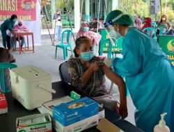 Peduli Purnawirawan dan Warakawuri, Korem 162/WB Berikan Vaksinasi Covid-19