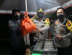 Polda NTB Gelar Patroli Skala Besar, Sentuh PKL dan Pemulung di Kota Mataram