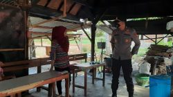 Kapolsek Rhee Patroli Pastikan Warga Terapkan PPKM Mikro