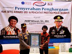Kapolres Batu Bara AKBP Ikhwan Lubis Terima Penghargaan Kak Seto Award 2021 Dan Polisi Selebriti